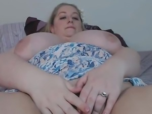 BBW Blonde With Monster Tits Masturbates
