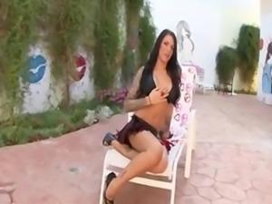 Hot brunette Juelz Ventura in love anal sex