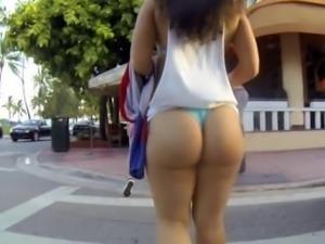 sexy ass walk