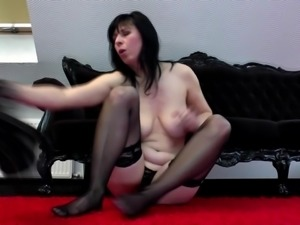 Amateur mom with soaking wet vagina