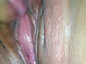 Wet Latina  squirts