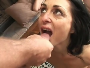 Mom Swallow Ten Cumshots
