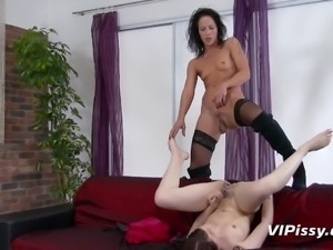 pissing in glasses and playing with hot pussy