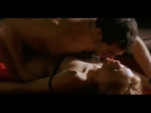 Heather Graham in Killing Me Softly - 4