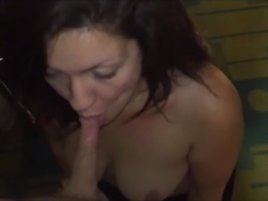 amateur brunette milf loves sucking cock