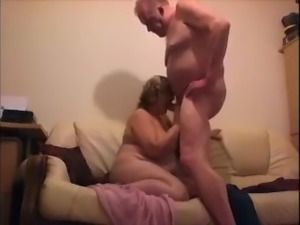 Chubby housewife of my neighbor gets fucked