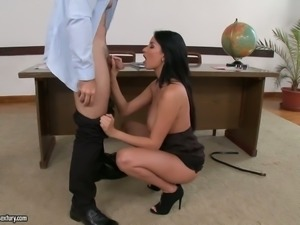 Busty secretary Anissa Kate gives blowjob and titjob before anal fuck