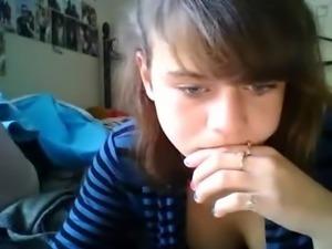 shy teen masturbates on cam