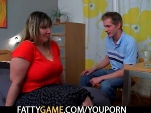 Slender guy fucks fat ass booty bbw