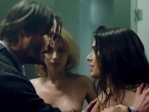 Knock Knock (2015) Sex Scene - Ana de Armas, Lorenza Izzo
