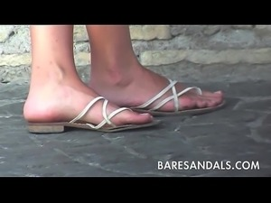 Candid sandals feet lyon part dieu - 3 3
