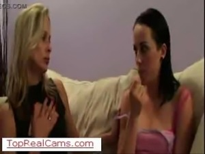 Vivere Lesbo su TopRealCams.com