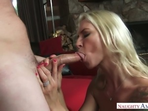 Tattooed hoochie Brooke Brand blows hard dick before crazy cock riding session