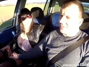 Whore Gets Paid for CarSEX