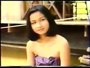 myanmar young girl