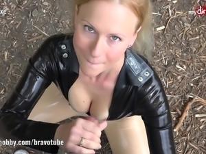 Public latex fan fuck with Blonde Hexe