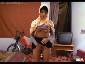 Amateur arab girl fucks for money