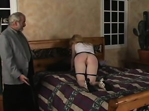 Pleasant girl enjoys private moments of dilettante bondage