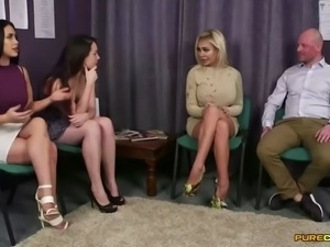 legjob from three girls in high heels (femdom)
