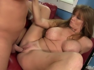 Horn-mad chestnut haired housewife with enormous tits gives terrific BJ