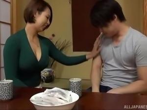 Amazing Japanese honey Mizumoto Erika slurping a hairy manhood