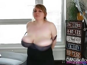 Jocelyn Heavy Bouncing Tits