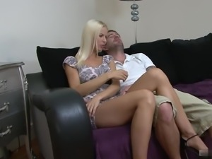 Lynna Nilsson wasnt planning on taking a load in her pussy, so shes