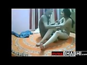 Hindi sex mms 32 - www.mmsbhabhi.com