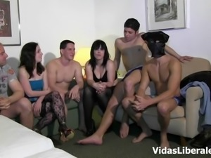 Montse and Dafne Alex attacked by an army of fellows
