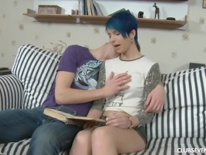 Blue-haired Sanny getting her knees dirty to taste a schlong