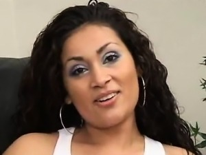 Heavenly Latina alarm is experiencing the penetration