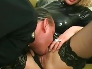 Hairy Italian loves anal