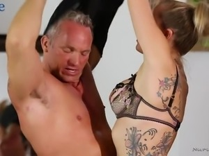 Oiled light haired masseuse Zoey Monroe lets stud polish her anus