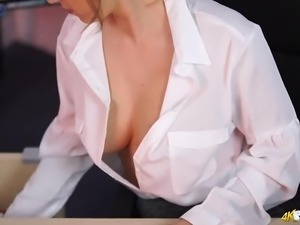 Nice office babe forgets to button up her blouse and flashes her boobies