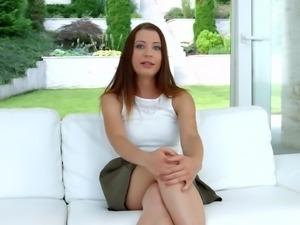 Teressa Bizarre has fun discussing her sexual preferences