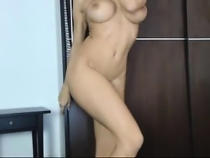 amateur neekaspankx flashing boobs on live webcam