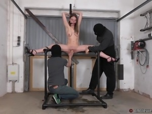 Karina is fisted:Girl with a hungry hole gets Fisted hard...