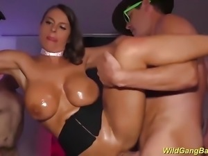 busty Milf Sexy Susi extreme banged