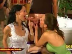 Queen Viktoria and Hottie Aymie Piss Freaks - 666Bukkake
