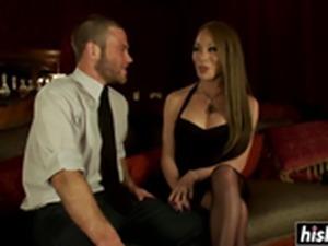 Mia Isabella likes to fuck her man