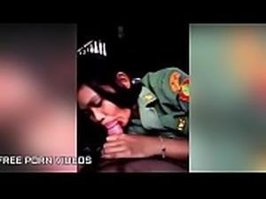 Thai Girlfriend Giving Blowjob Before Fuck - PORNMELA.COM