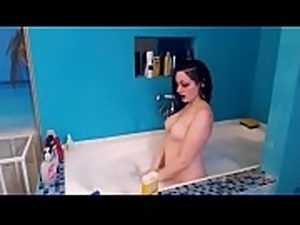 goth babe having a bath on camboozle.com
