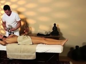 Cutie fucking masseur