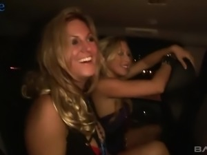 Mary and alike looking blond heads expose titties in the car