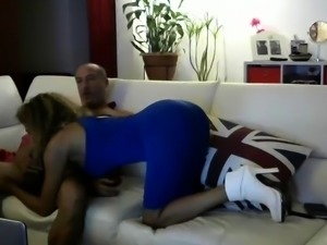 StripCamFun Mature Amateur Flashing Webcam