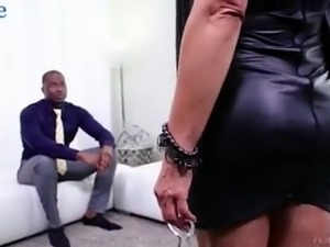 Legendary curvaceous slut Lisa Ann is happy to take BBC into her anus