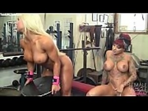 Two Big Tit Muscle Girls Play With Each Other In The Gym
