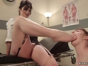 Redhead worship feet to lesbian doctor