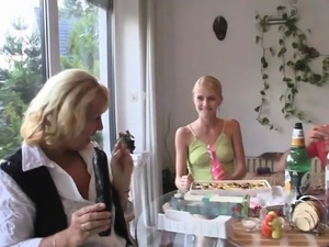 Family 3some with blonde teen and old mommy