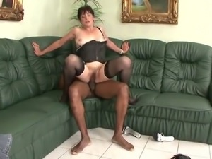 Horny mom vs bbc